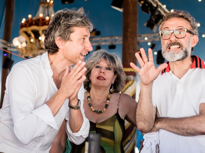 Il Sindaco Andrea Gnassi insieme allo chef Massimo Bottura